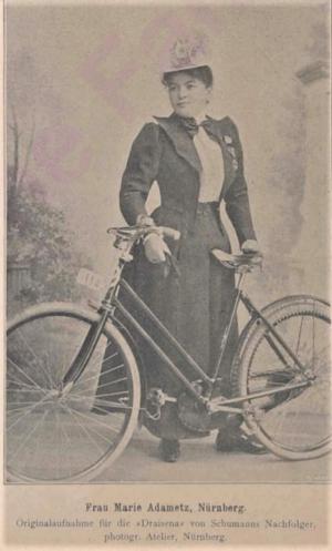 Frau Marie Adametz aus Nürnberg, aus: Draisena vom 10.07.1899