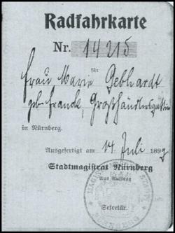 Radfahrkarte Nr. 14215 des Stadtmagistrats Nürnberg  vom 14.07.1899 für Frau Maria Gebhardt aus: StadtAN, E1/353, Nr. 1